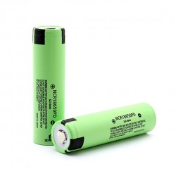 2pcs Panasonic NCR18650PD Flat Top 3.7V Rechargeable 2900mAh 18650 Li-ion Batteries